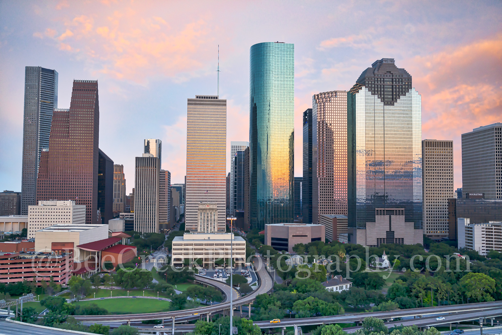 Houston, skyline, sunset, aerial, colors, pink, orange, yellow, cityscape, clouds, back light, low light, city, downtown, skyscrapers, buildings, high rise, IH45, museum district, art, culture, music,, photo