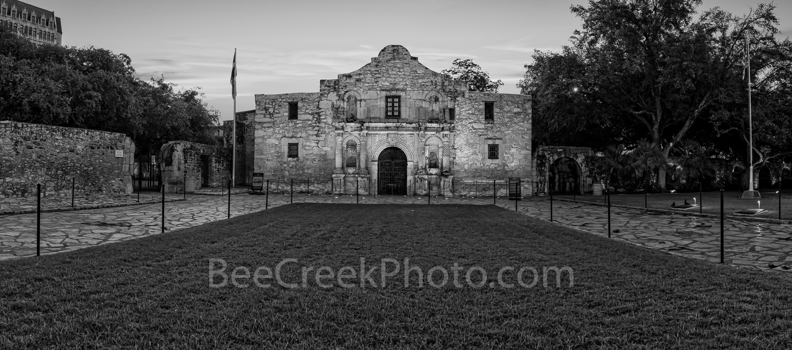 Texas Alamo, San Antonio, Alamo, historic, history, landmark, pano, panorama, downtown, city, mission, sunrise, Santa Anna, mexico, tourist, travel, historic landmark, American, Texas, Texan, America,, photo