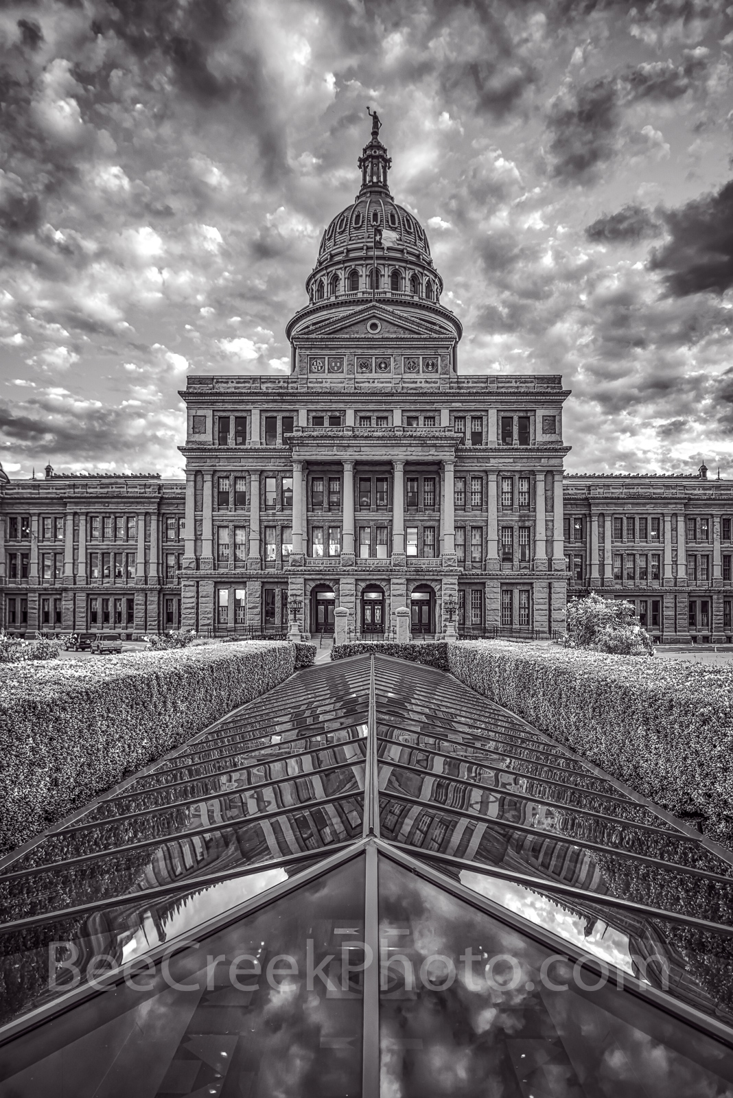 Austin, Texas Capitol, Texas State Capitol, BW, black and white, vertical, tall, Capitol, Capital, texas capital, city, downtown, cities, urban, architecture, architectural, clouds, sky, Greek Renaiss, photo