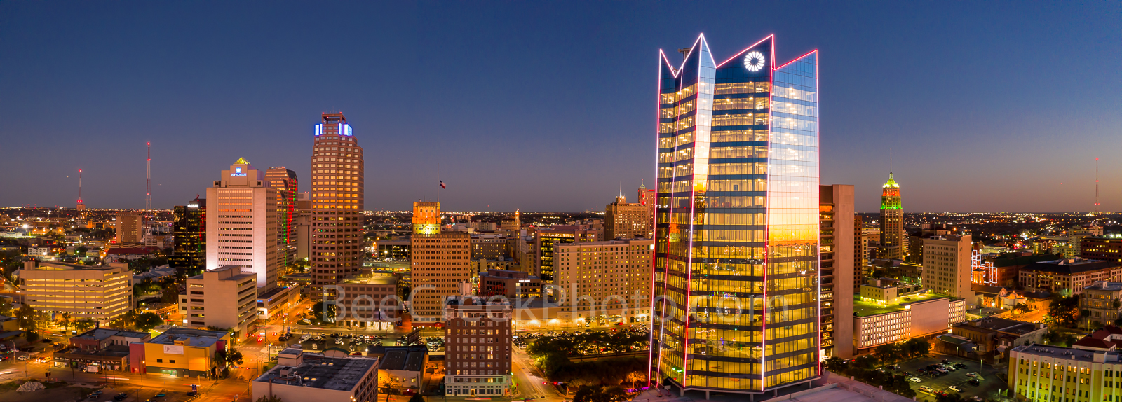 twilight, San Antonio skyline, San Antonio, texas, downtown, Frost Tower, Frost, Tower Life, building, pano, panorama, cityscape, cityscapes, urban, skyline,, photo