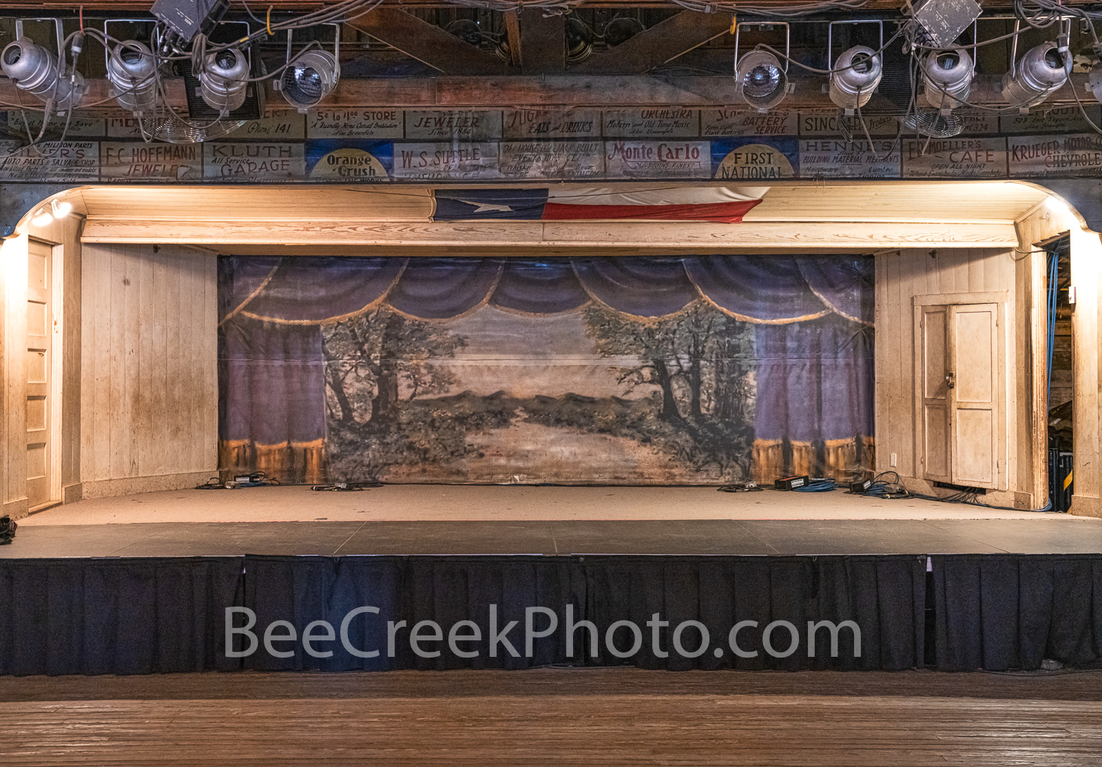gruene hall, stage, dance floor, gruene saloon, gruene texas, dance hall, saloon, town, two stepping, community, earnest gruene, german, german town, texas, texas hill country, visit, national registe, photo