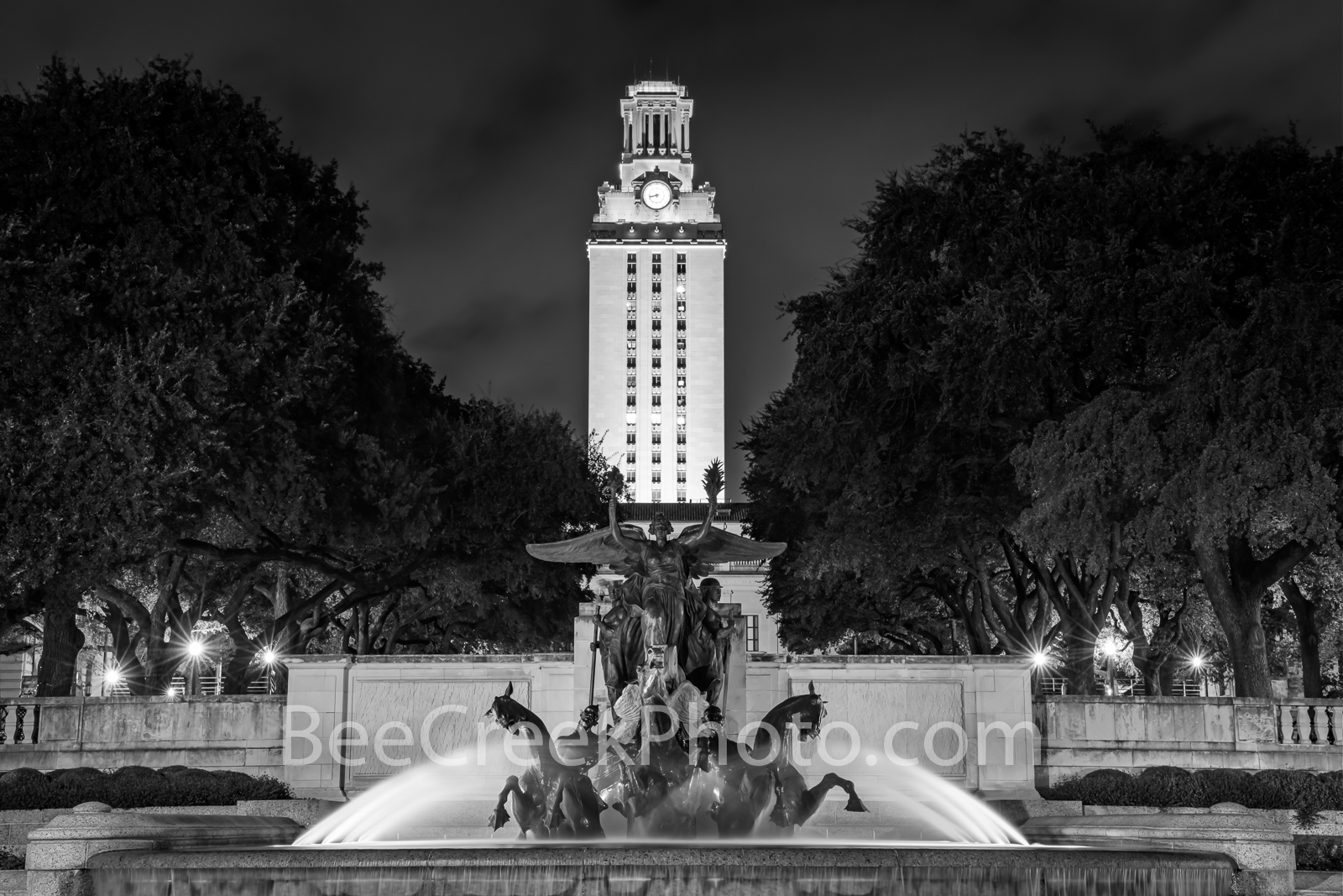 UT Tower and Littlefield Fountain BW  - UT Tower with the Little Field Fountain at the University of Texas in downtown Austin...