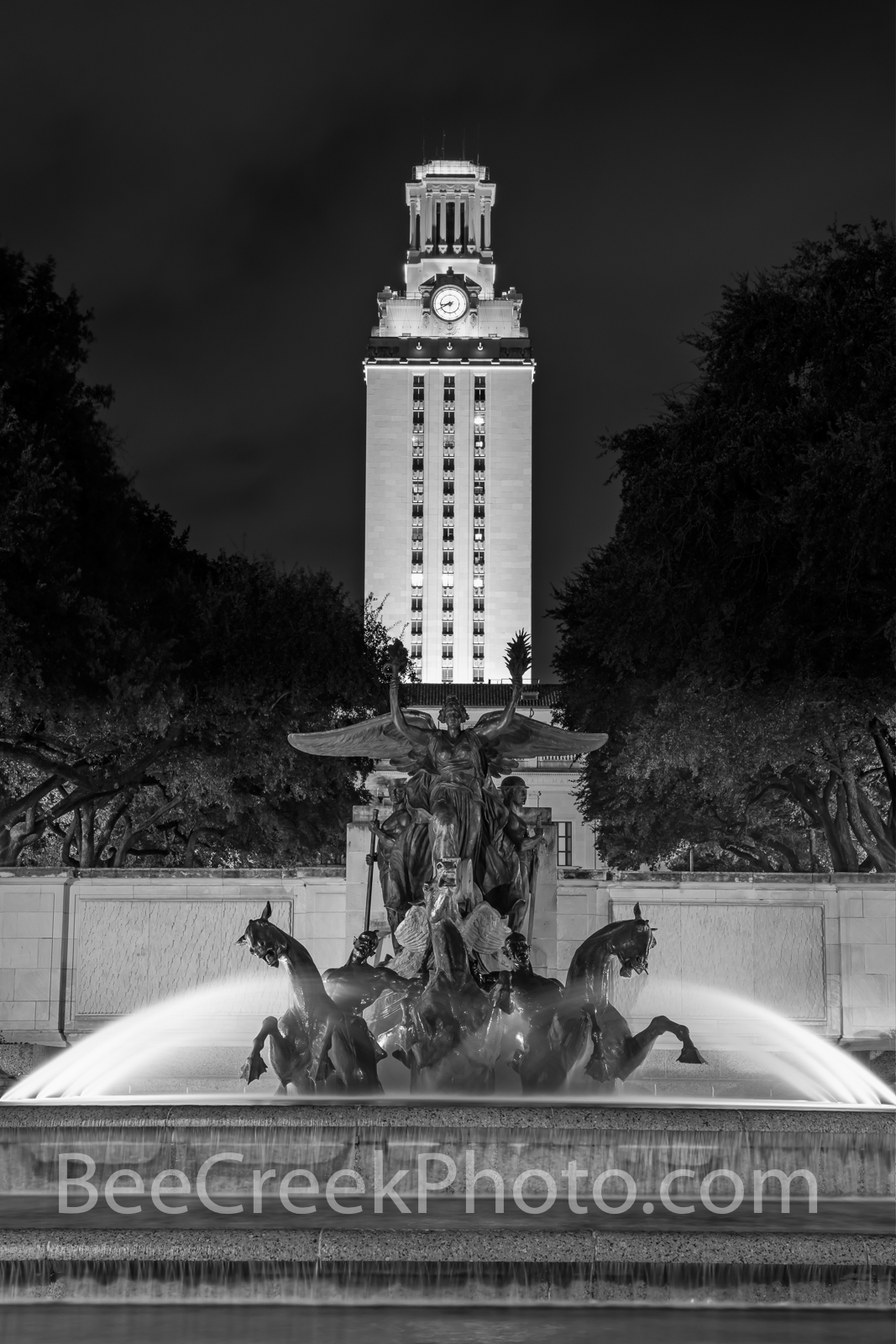 UT Tower with Littlefield Fountain Vertical B W  - UT Tower with the Little Field Fountain at the University of Texas in downtown...