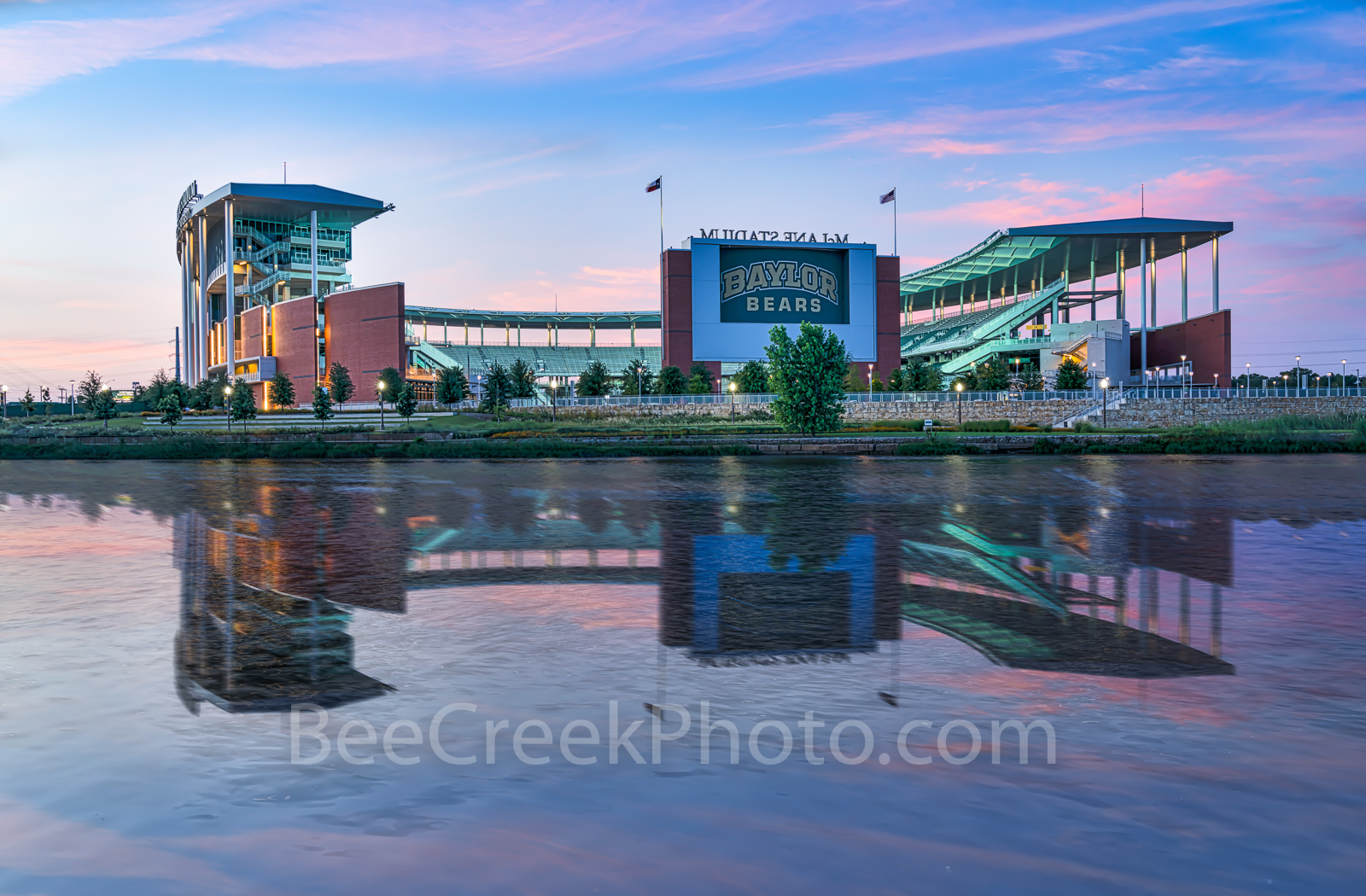 Waco McLane Stadium Dusk, Waco, McLane Stadium, Baylor University, dusk, blue hour, Baylor Bears,  stadium , University of Baylor, school, campus, Brazos river, Jack Kultgen Freeway, civic leader, spo, photo